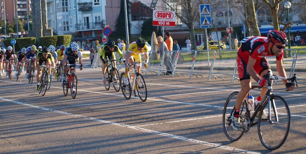 Sprint de la primera etapa de la Vuelta a Santander Máster 2012