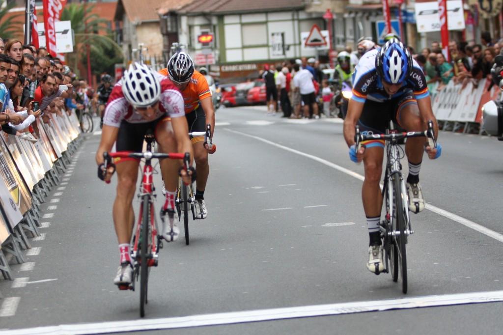 Sprint por el segundo y tercer puestos