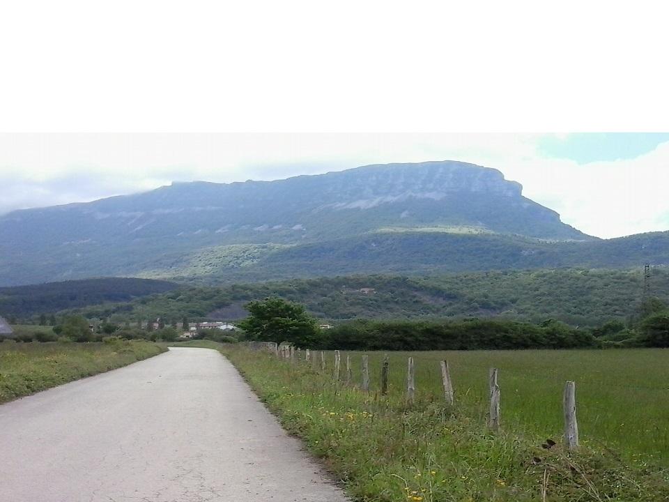 Vista del monte Beriain (San Donato) desde la zona inicial de la carrera