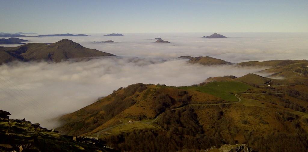 Niebla desde Gorramendi. Foto: Iñaki Villoria