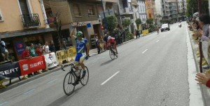 Daniel Arnal vence en Sabiñánigo
