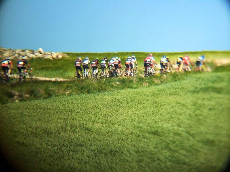 Perder unos metros significaba despedirse de la carrera. Foto: Deportes Fernando