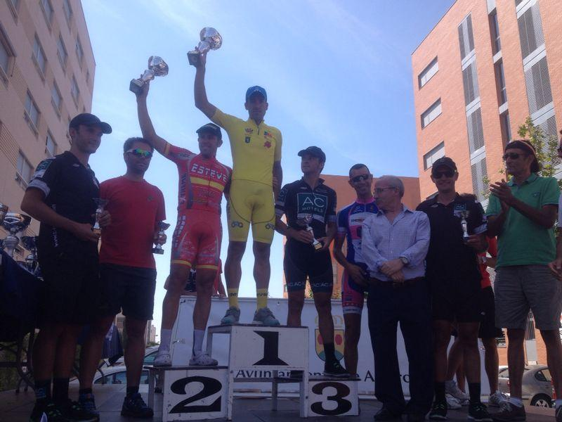 Podium absoluto.