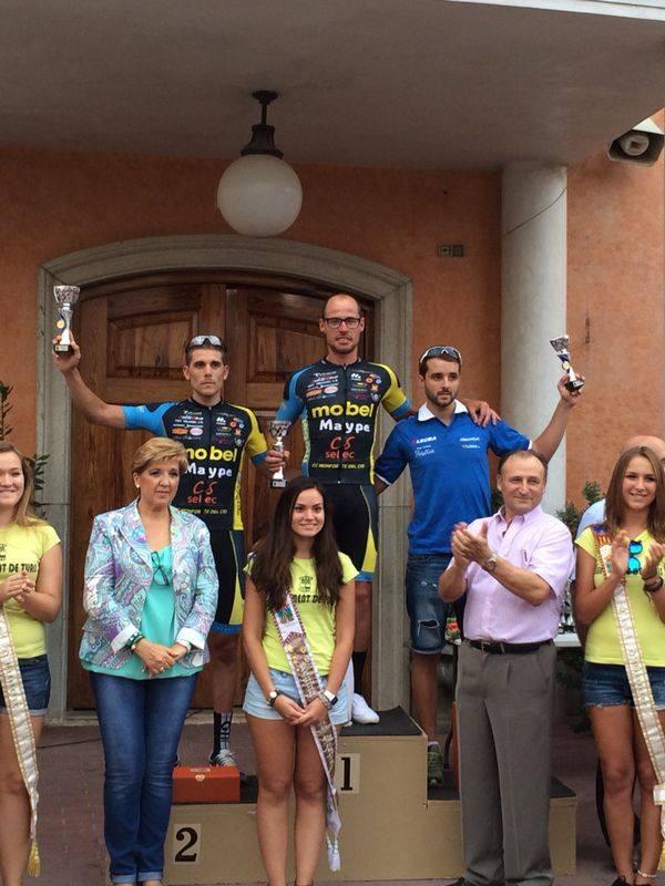 Podium de la categoría Senior en Turís. Foto: Mobel - Monforte del Cid