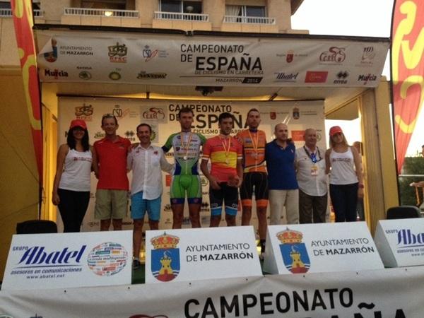 Podium M30 A: Puma, Larrea y Torrella. Foto: RFEC