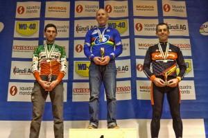 Podium 40 a 44 años. Foto: Federación Asturiana de Ciclismo