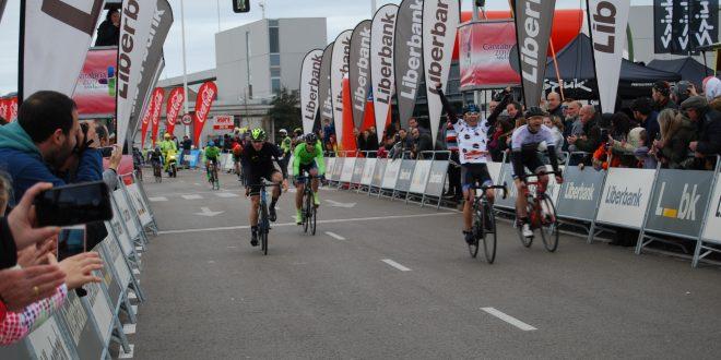 Miguelín gana la Vuelta a Santander Máster 2018